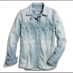 Madewell Chambray Button Up in Saltstone Wash